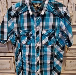 Men's short and long sleeve button ups.